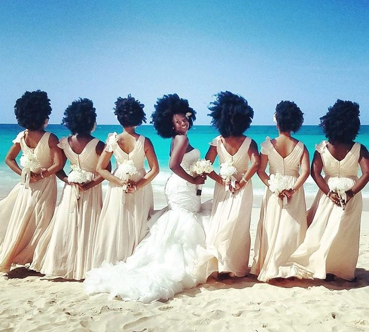 This bride's natural hair has gone everyone talking