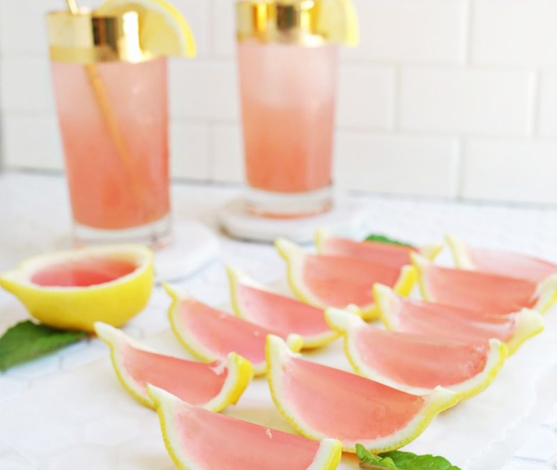 25 YUMMY COCKTAILS THAT CAN BE MADE IN BULK & SERVED AT YOUR WEDDING